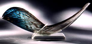 http://www.judaicdesigns.com/images/Shofar.jpg